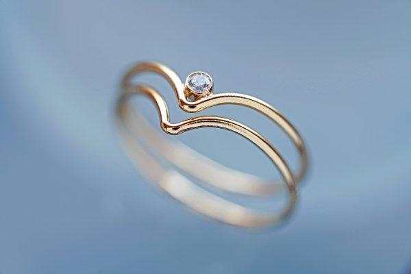 14KGF キュービックジルコニア 指輪 シェブロン リング